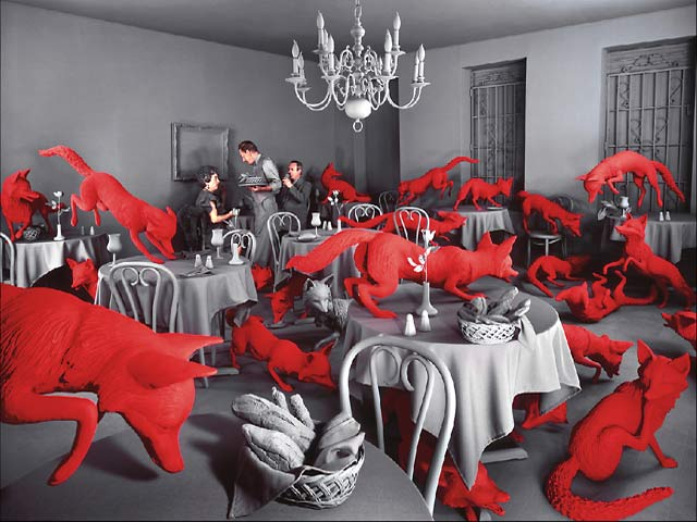 "Sandy Skoglund ""Fox games"""